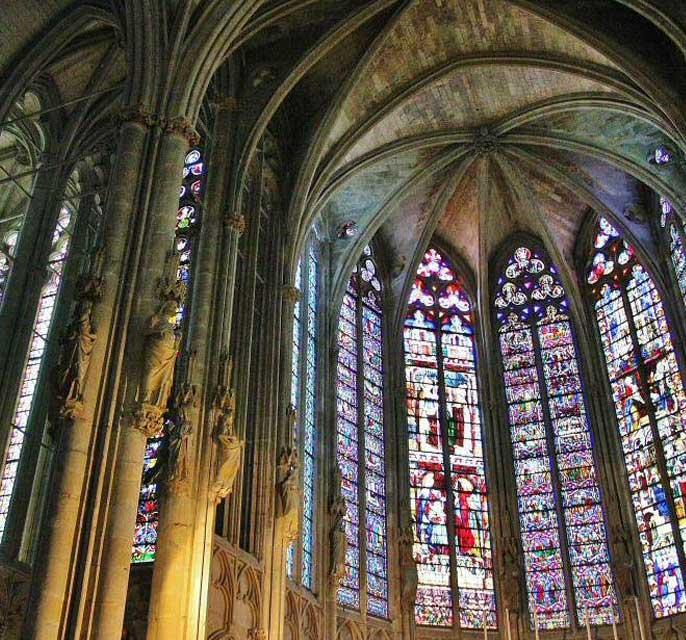 vitraux-eglise-saint-nazaire-de-carcassonne