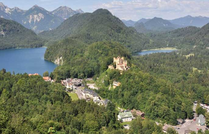 vue-hauteur-chateau-de-neuschwanstein