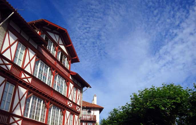 batiment-pays-basque