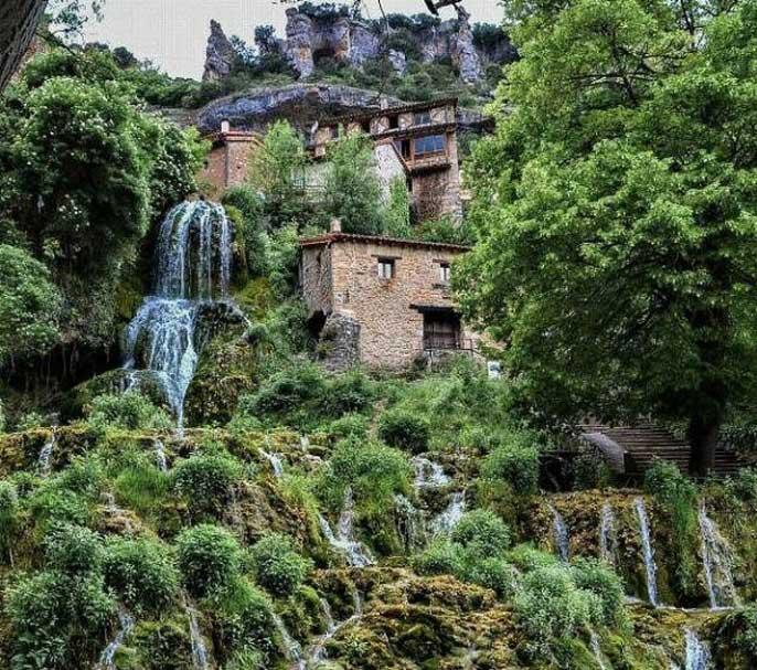 cascade-orbaneja-del-castillo