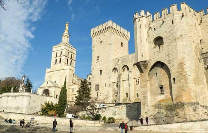 cathedrale-avignon