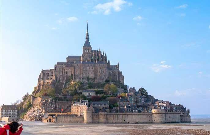 mont-saint-michel-maree-basse