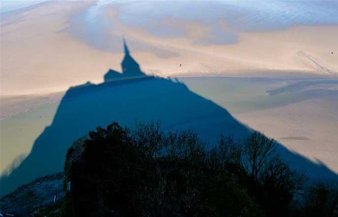 ombre-mont-saint-michel-plage