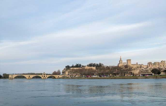 rhone-pont-avignon