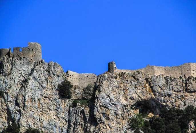 visite-chateau-peyrepertuse