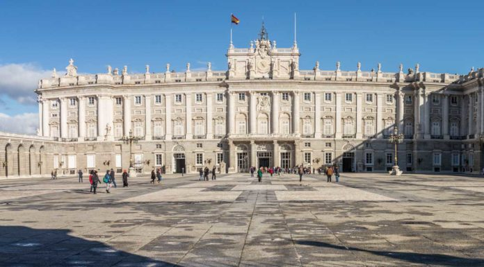 guide-visite-palais-royal-madrid