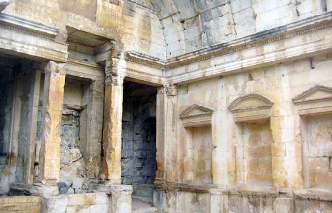 temple-de-diane-nimes