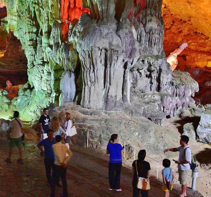 grotte-sung-sot-vietnam