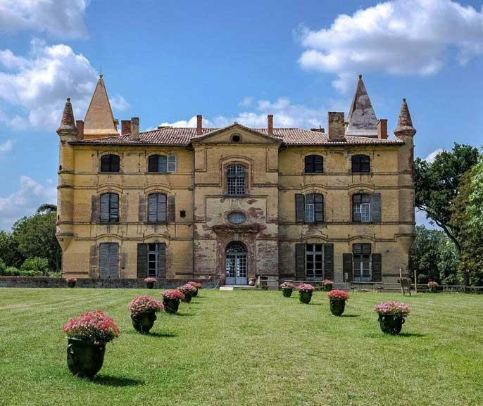 chateau-de-bonrepos-occitanie