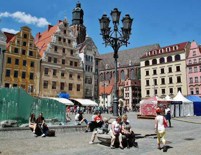 place-du-marche-wroclaw-pologne