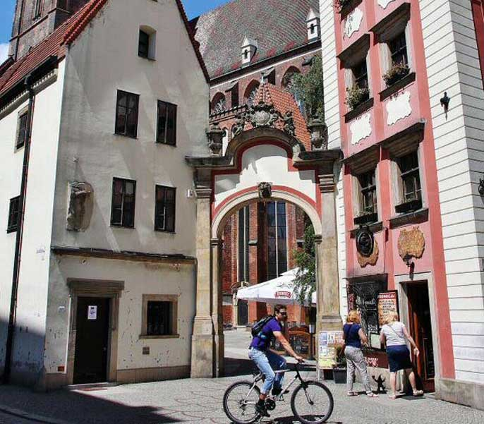 ruelle-place-wroclaw