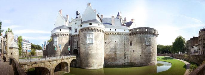 chateau-ducs-de-bretagne-exterieur