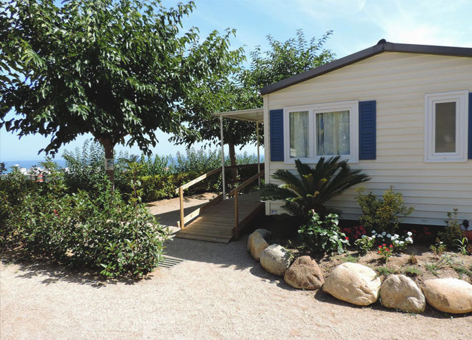 camping-bord-de-mer-bungalow